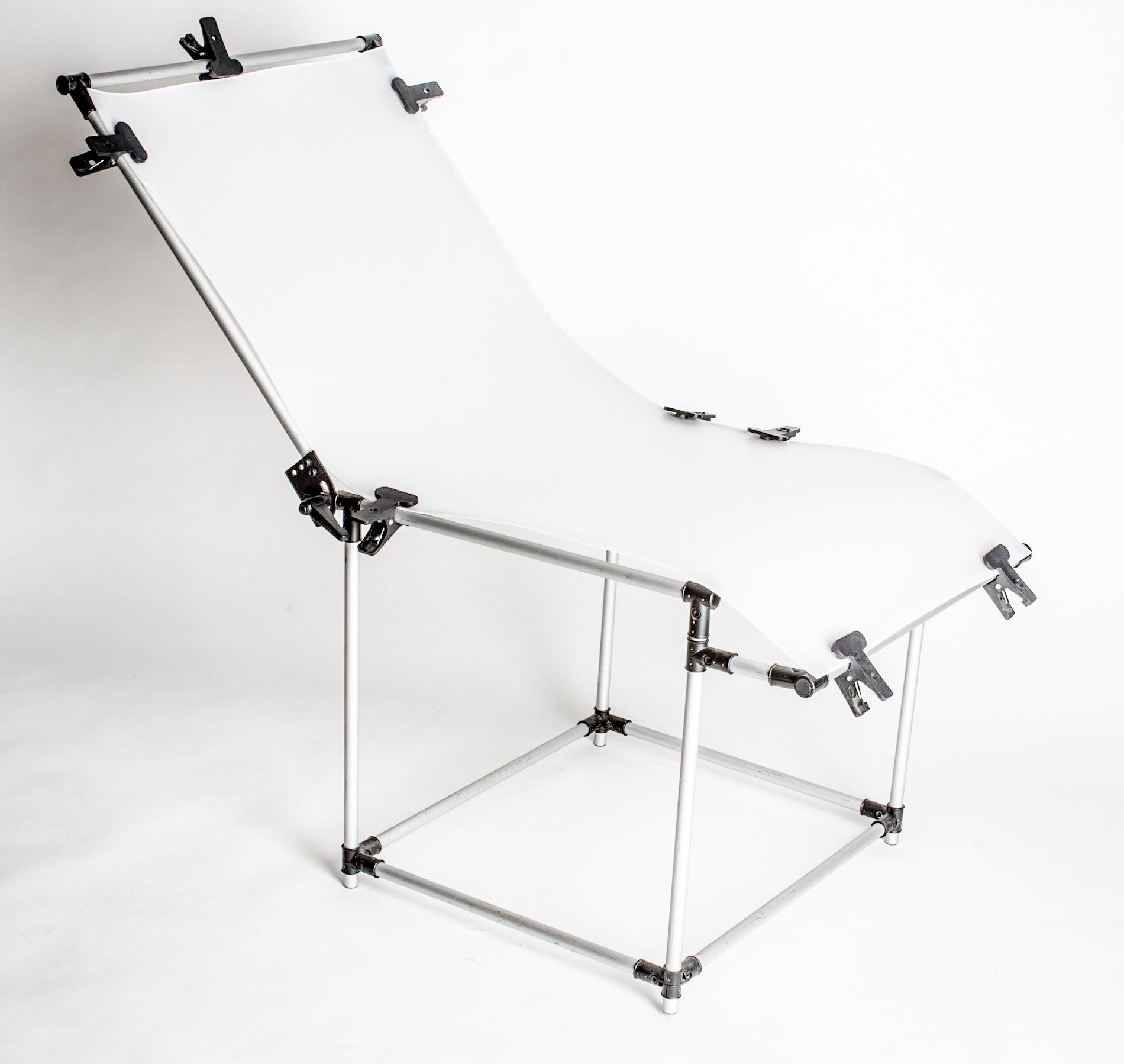 Table lumineuse pouvant être utiliser pour la prise de vue de packshot afin de bien détourer le sujet
